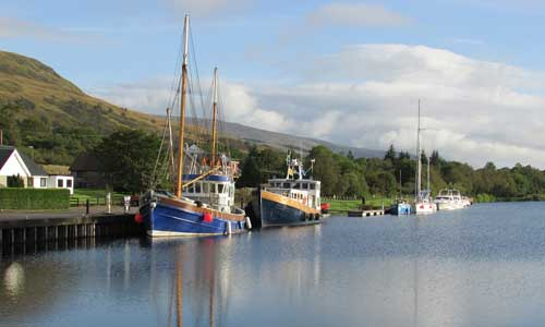 4 Places You Must Go to While Visiting the Scottish Highlands canal - 4 Places You Must Go to While Visiting the Scottish Highlands